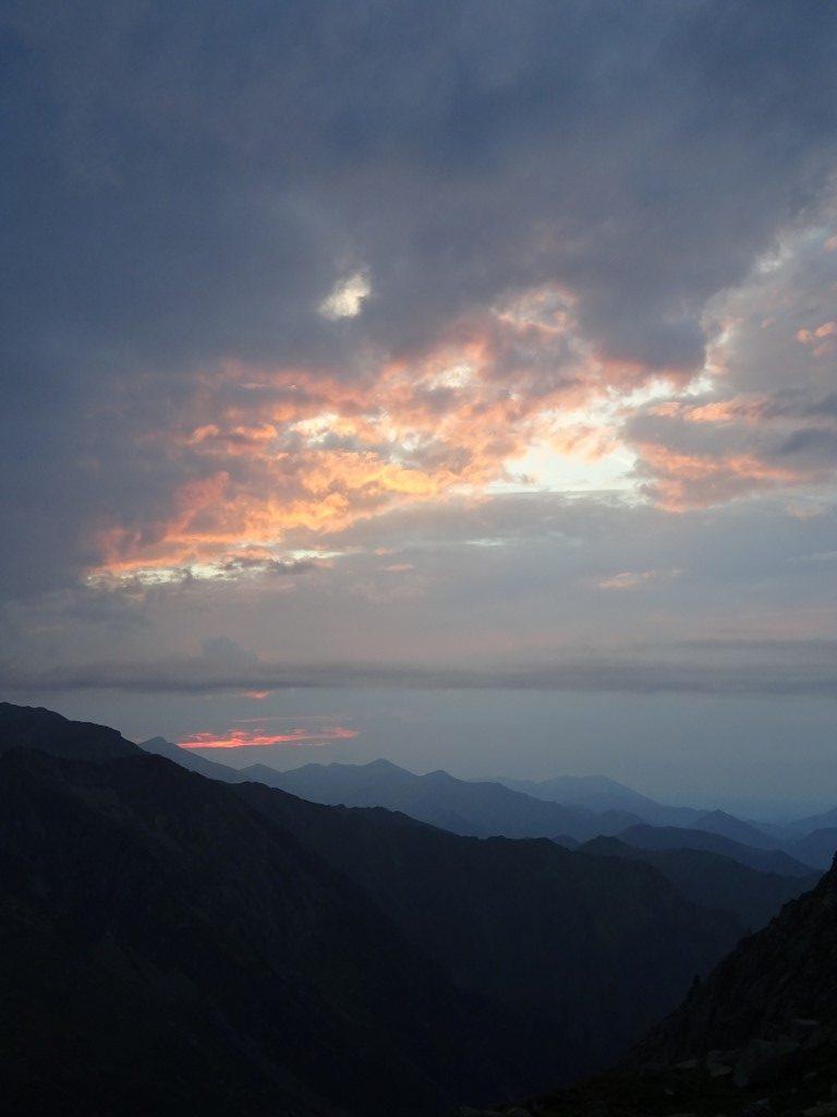 Evening sky from Refuge Estagnous
