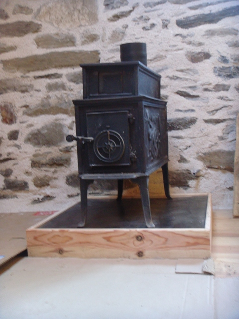 Stove ready for the chimney